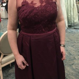 NWT.. Wine colored  Dress Size 16